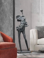 Декоративный объект Man Stone H140 (Ожидаемый товар)