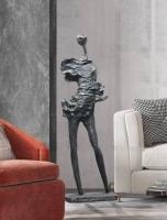 Декоративный объект Man Stone H180